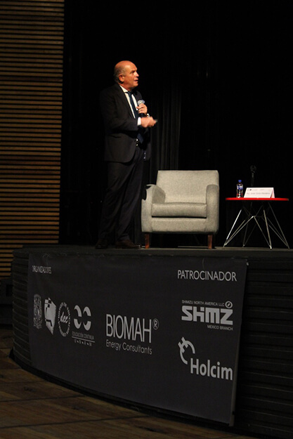 With a keynote speech, Javier Sordo Madaleno closes the Congress at the UNAM's Faculty of Architecture