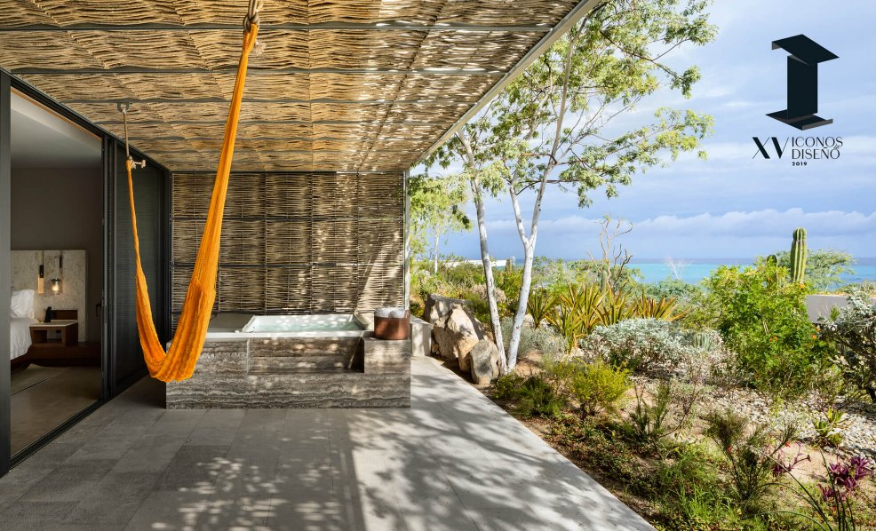 Icons of Design 2019 by Architectural Digest Mexico gives award to Solaz Los Cabos